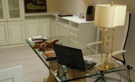Стекло и зеркало для изготовления мебели. Частный интерьер. .